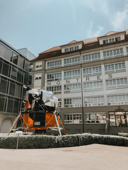 Museo OMEGA, descubriendo en SUIZA el primer reloj en pisar la luna.