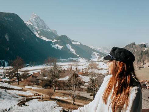 Gstaad.. tenis y lujo en el corazón de los Alpes suizos.