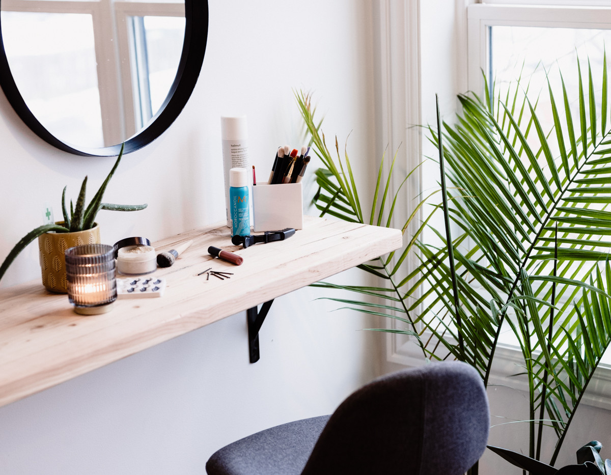 hair and makeup station