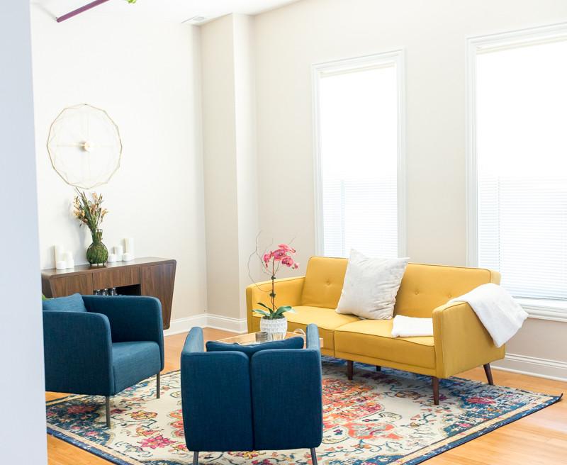 Loft B living area