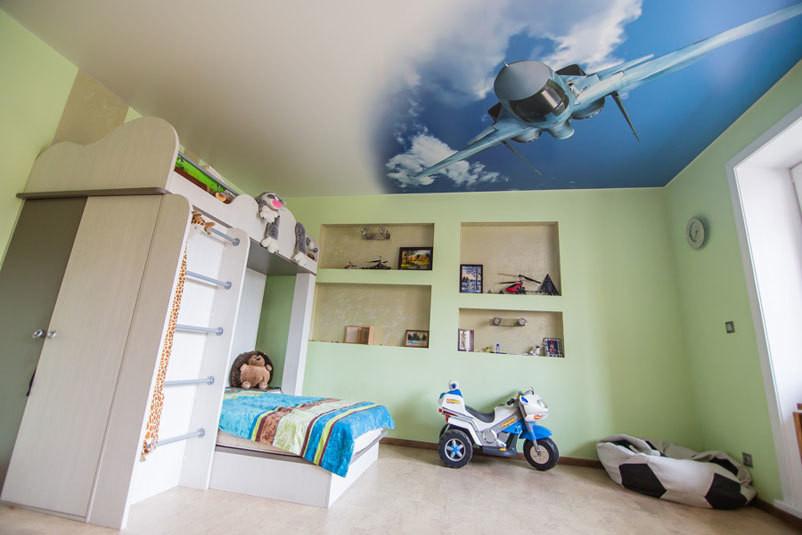 натяжные потолки в комнату для мальчика