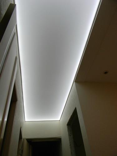 Фото потолков в коридоре