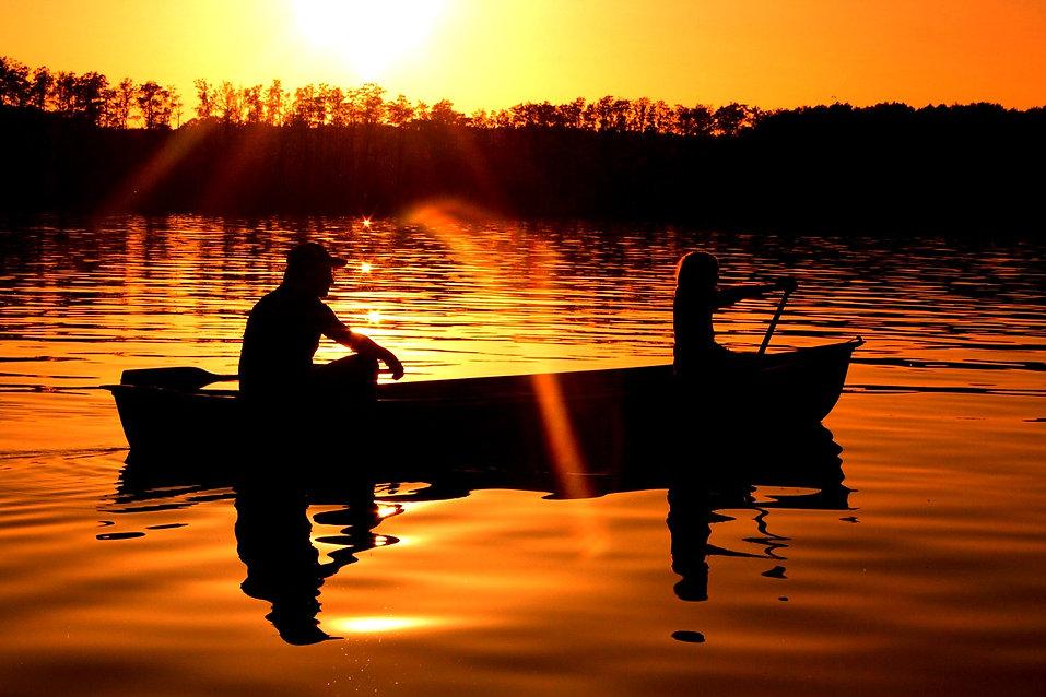 paddle-809232_1280_edited.jpg