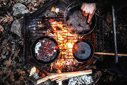grill-2616488_1280_edited.jpg