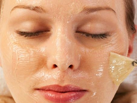 Scrub, Peeling e Gommage. Ma qual è la differenza?