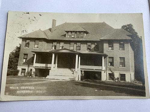 Benzonia, MI - Mills Cottage 1918