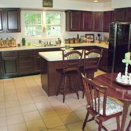 Kitchen (V.T.)
