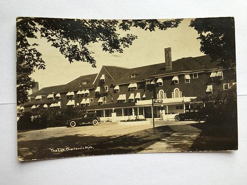 Charlevoix, MI - The Inn 1932