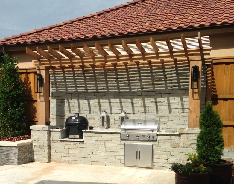 COMPLETED OUTDOOR KITCHEN