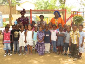 Students of Etoilles Jardin
