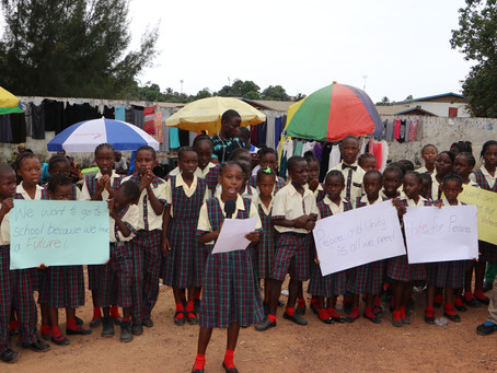 Children Advocate Peace in Liberia