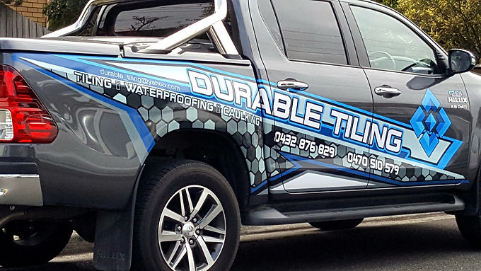 Toyota-Hilux-SR5-Durable-Tiling-Sign