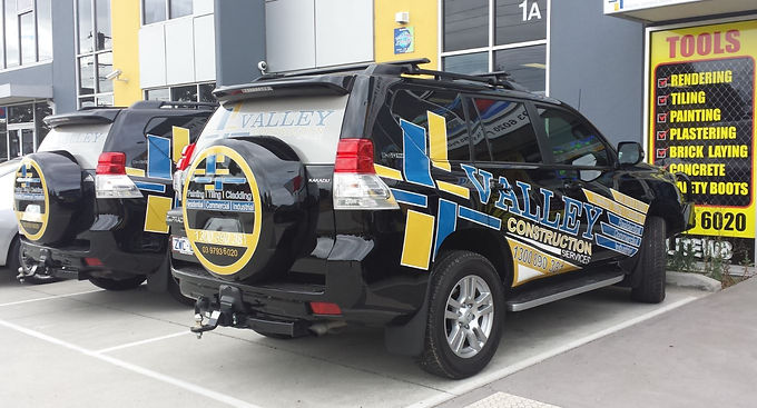 Toyota-Parado-Valley-Sign