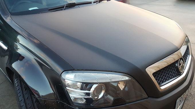 3D-Carbon-Fiber-Holden-Commodore-Bonnet-Wrap