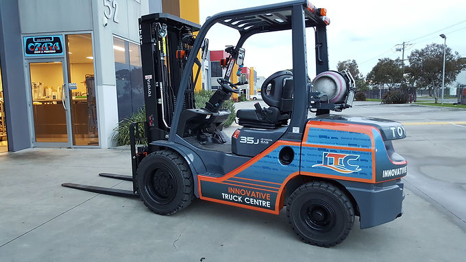 Forklift-sign-Decals