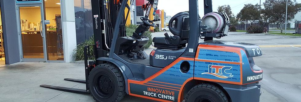 Forklift-sign-Decals