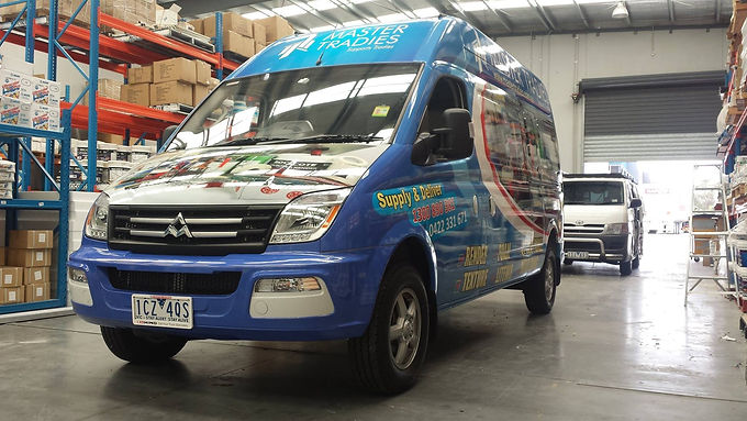 Van-Full-Wrap-Sign-Master-Tradies