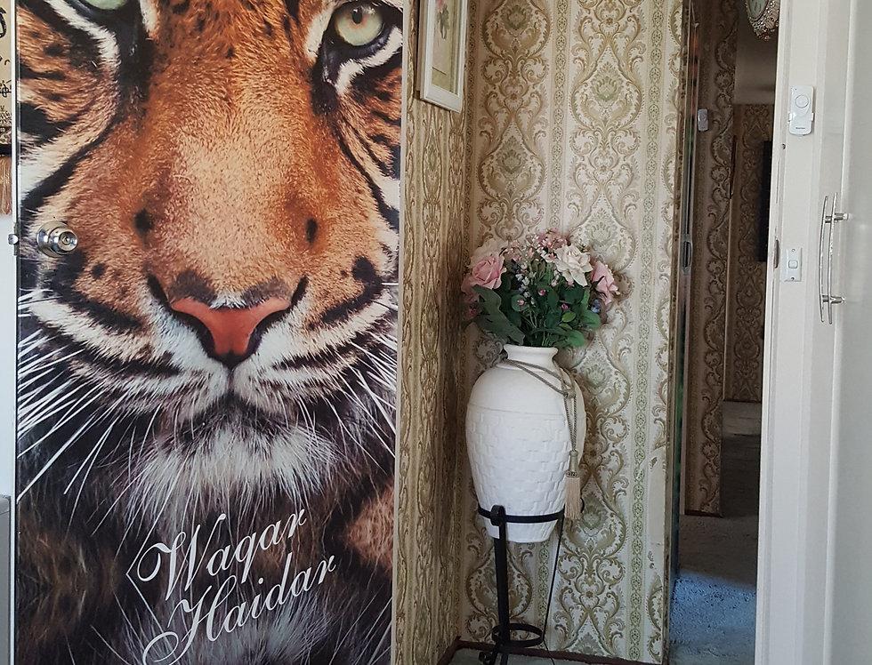 Door-Graphics-Animal-Tiger