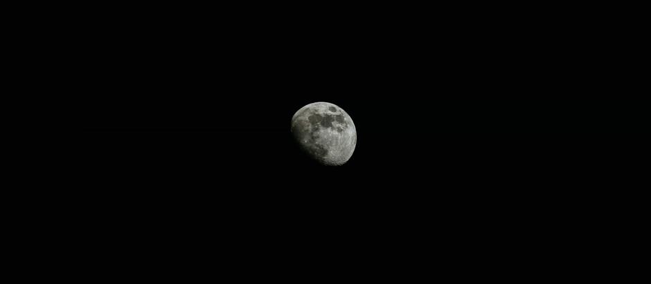 Китайский космический аппарат «Чанъэ-5» вышел на орбиту Луны
