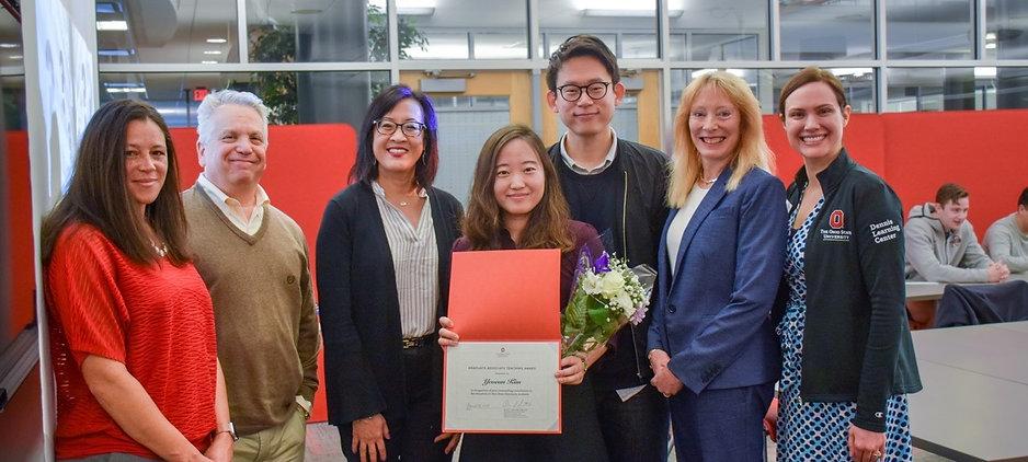 yuna-kim-teaching-award_edited.jpg