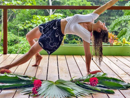 Meet Crystal @highvibewarrior sharing her #yogasavedmylife story with us. These are her words 💚