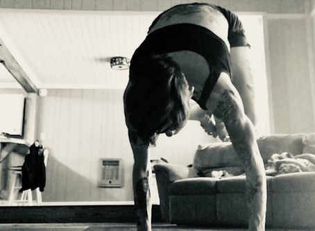 Meet Kelli @buti_jedi sharing her #yogasavedmylife story with us. These are her words 💚
