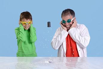ניסויים מדעיים