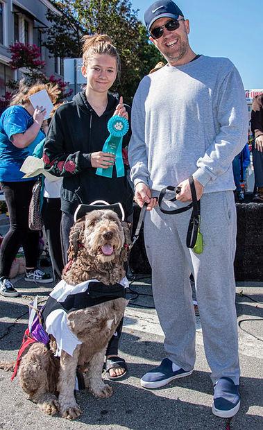 Pirate-dog-winner_by-Susan-Munroe.jpg