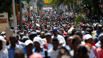Huit femmes haïtiennes : regards croisés (8) - Thomas Roselina