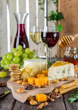 vinho, queijo, mel, frutas