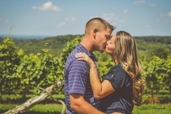 Engagement Photographer CT: SB Photography Connecticut Gouvia Vineyard