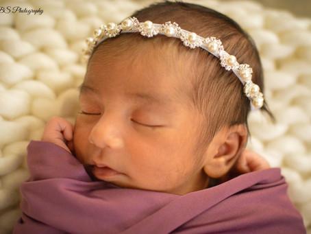 CT Newborn: Happy One Month Birthday Kiana!