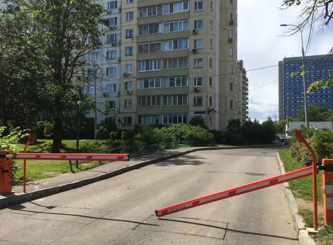 Бум шлагбаумов в Москве // Битва за шлагбаумы