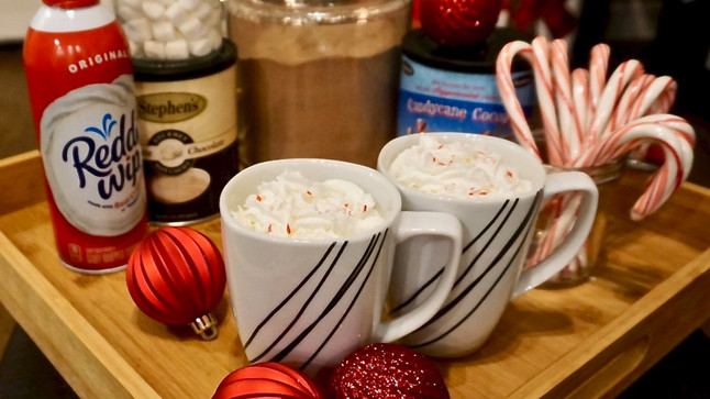 How to Set Up the Perfect Hot Cocoa Bar