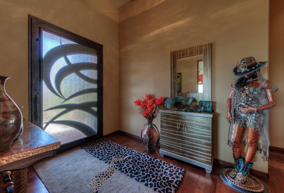 002_Foyer.jpg