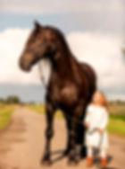 Skywhite kind paard_edited.jpg