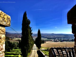La Toscana è paesaggio magico dove tutto è gentile intorno, tutto è antico e nuovo. (Curzio Malapart