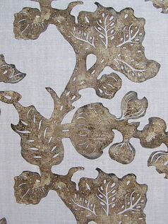 Cinnamon Fruiting Fig on Natural Linen  Incredible India Range, Botanica Trading