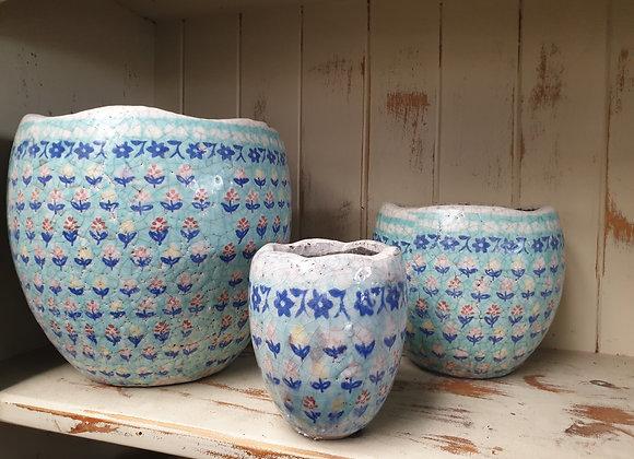 Pots Pots and Pots x