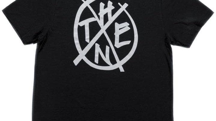 THENX黒Tシャツ(GRAFFITTIロゴ)