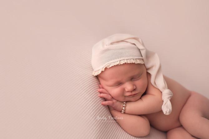 Carmel, IN Newborn Photographer | Hadalyn
