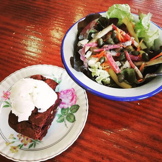 Menu du jour _ salade composée + brownie