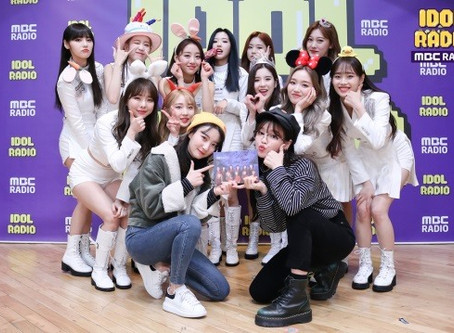 """[Article]'Idol Radio' LOONA, Successful Fans of Special DJ OhMyGirl,""""Most Nervous in Life""""(200211)"""