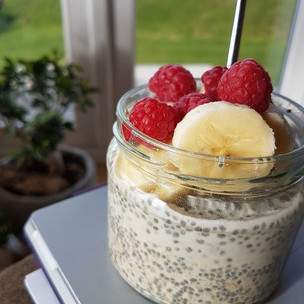 Soaked oats with chia seeds