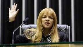 Deputada Flordelis, do PSD, é indiciada por mandar matar o marido