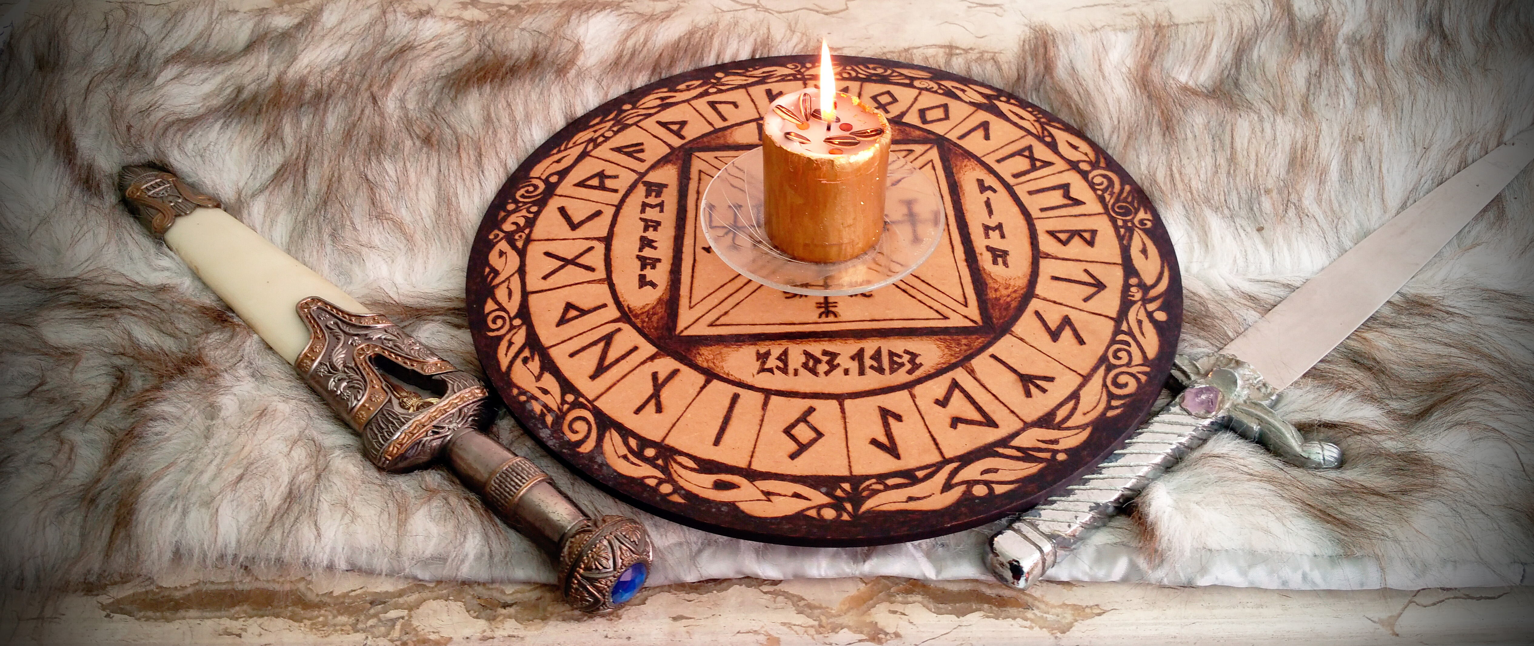 altar-runico2