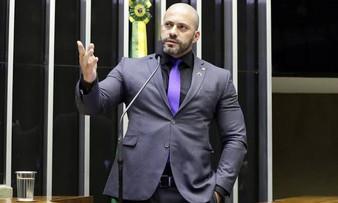 Polícia Federal realiza busca e apreensão na casa do deputado Daniel Silveira e mais 20 pessoas