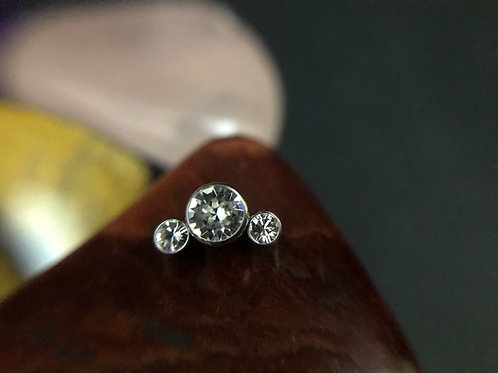 3 Stone Cubic Zirconia 16g End
