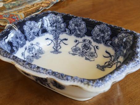 Henry Alcock Dish - £75