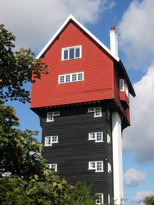 Thorpeness - House in the Clouds